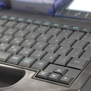 Удобная клавиатура на кабельном принтере Partex Promark T-800