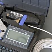 Загрузка ПВХ-трубки для печати на кабельном принтере Partex Promark T800