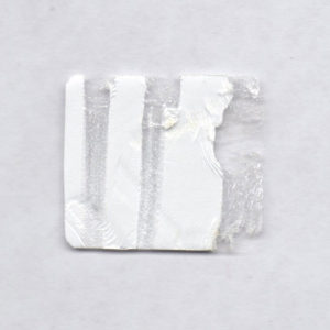 Пломба наклейка белая полуглянцевая из полистерена 430002