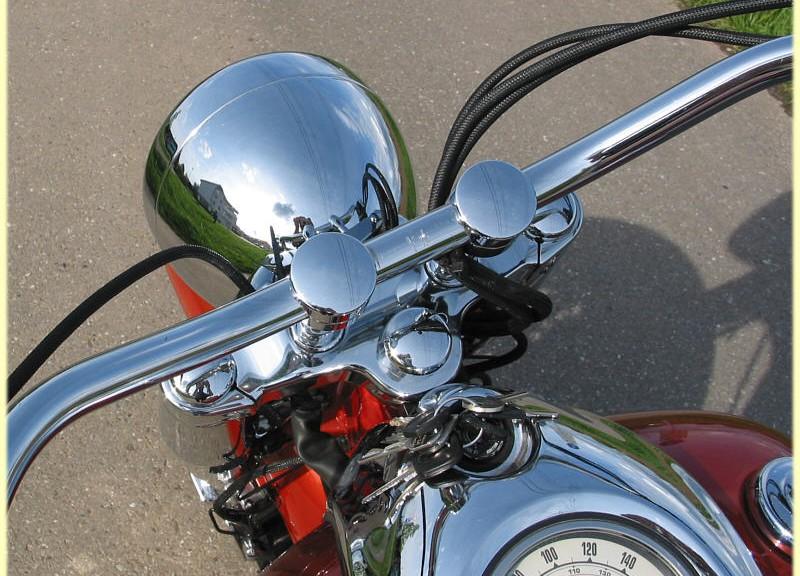 Защитная оплётка на мотоцикле