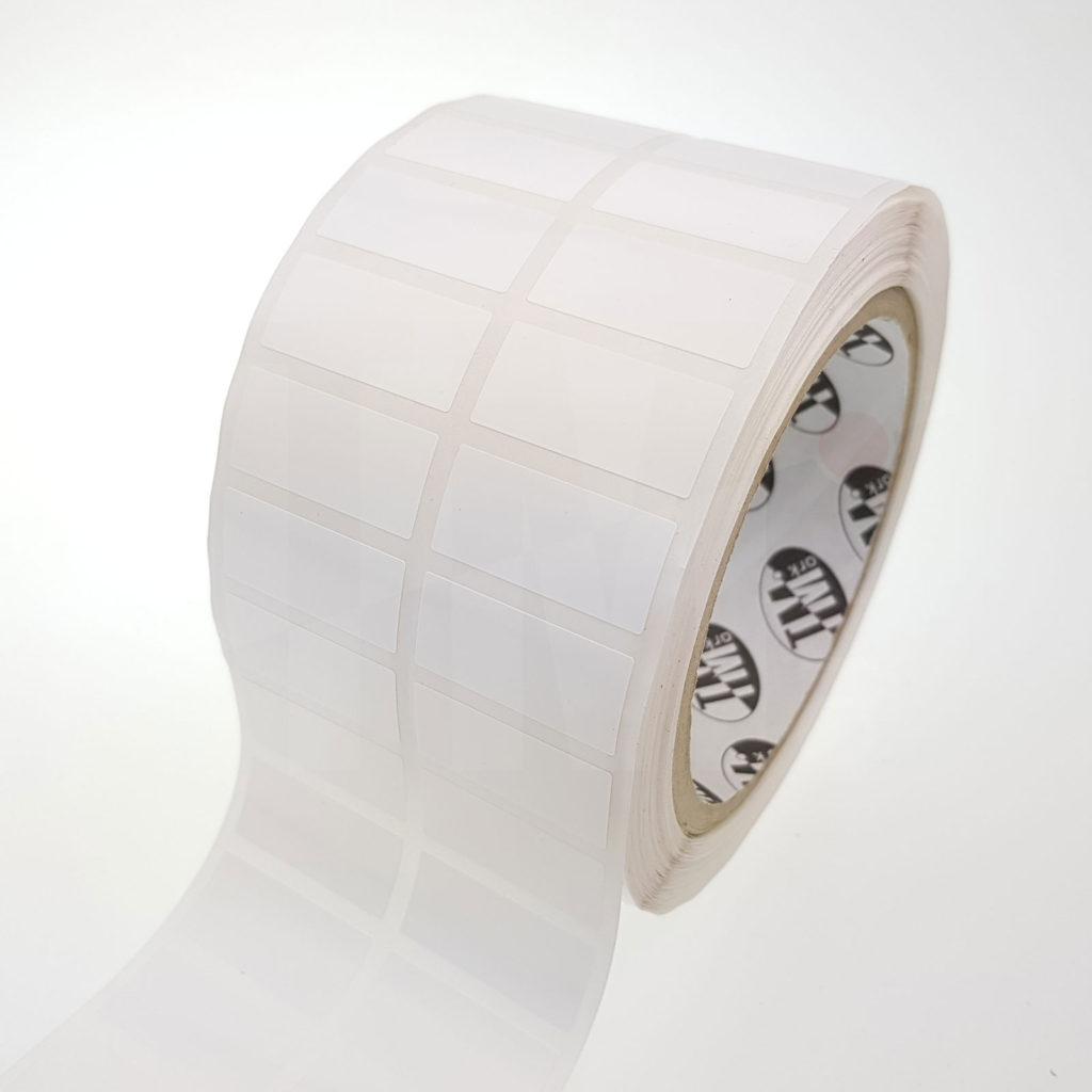 Этикетки белые глянцевые из полипропилена 41544