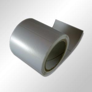 Этикетки из белого глянцевого полипропилена 415702 с усиленным адгезивом. Для маркировки холодных поверхностей.