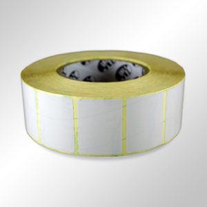 Этикетки белые полуглянцевые из синтетической бумаги 420002