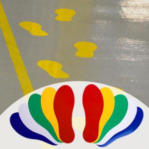 Цветные следы для сигнальной разметки пола